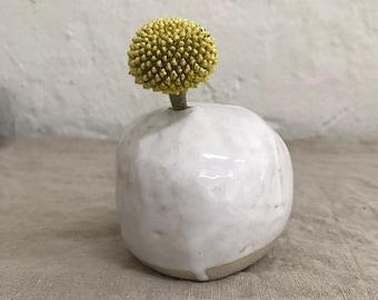 VASE - shiny white, height 7 cm, vase design, flower vase