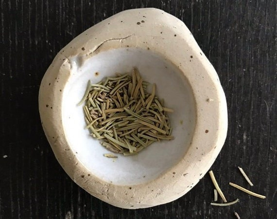 LITTLE BOWL -  j a p a n -  salt bowl, pepper bowl, herb bowl, mise en place bowl, organic shape, food photography, food styling