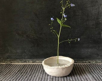 PINCH POT -  simple ikebana, transparant matt white, great for a twig, branch, flower (dried or fresh)