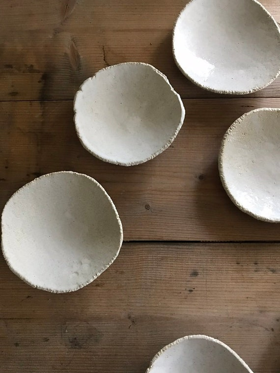 DISH - diameter 14 cm,  rustic pottery dish, modern rustic, food photography, food styling, table top styling, summer house musings
