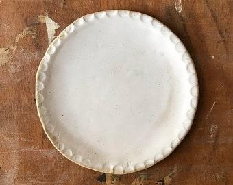 PLATE, dia 22 cm, speckled, matt glaze, food photography, food styling