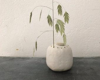VASE - matt white, height 10 cm, vase design, flower vase
