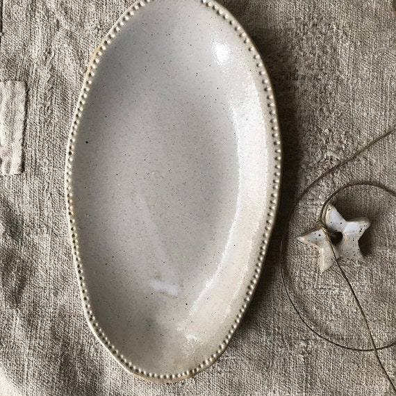 OVAL PLATE - france - length 20,5 cm,  food photography, food styling