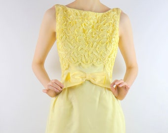 29d248db69 VINTAGE FORMAL DRESS 1960s Yellow Sherbet Lace Prom Party Size Small