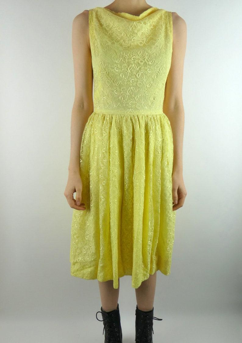 VINTAGE Kleid gelb 1960er Jahre Spitze drapiert Hals Größe ...