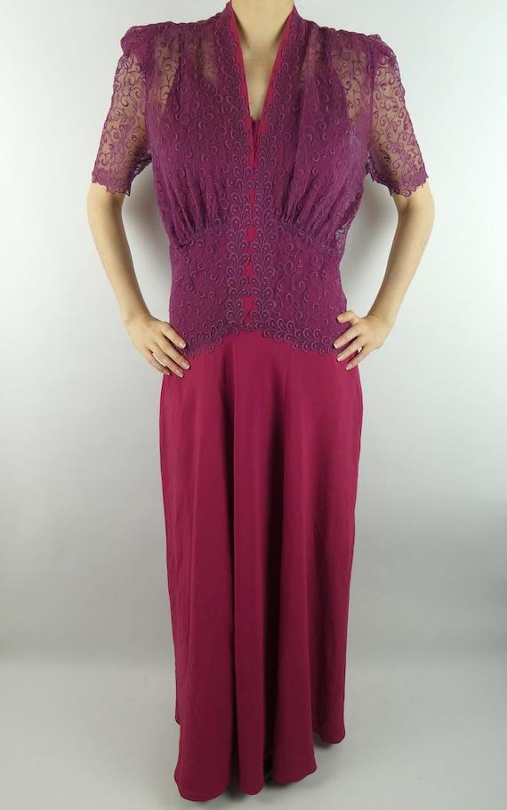 VINTAGE LACE DRESS 1940s Purple & Raspberry Colore