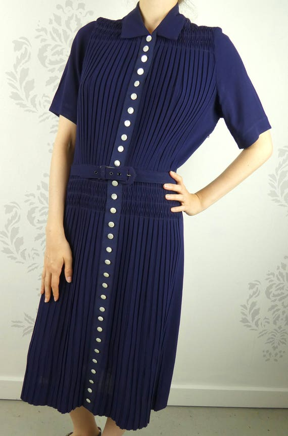 VINTAGE BLUE DRESS 1950s Buttons Pleats Smocking S