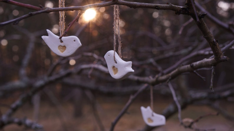 100 Gilded White Ceramic LOVE BIRDS  Wedding FAVORS  Birthday Favors Gift Tags  Christmas tree Decors