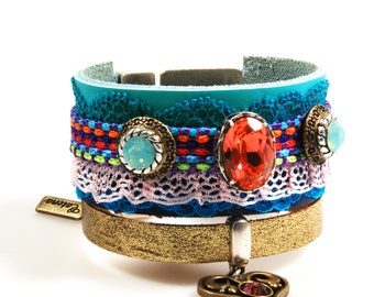 Ibiza leather cuff bracelet in boho style, wide colored bracelet Swarovski, heart charm, turquoise coral red, handmade jewelry