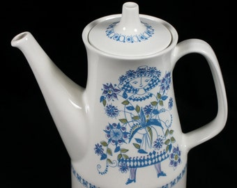 Figgjo Faience Norway Lotte Porcelain Coffeepot designed by Turi Gramstad Oliver