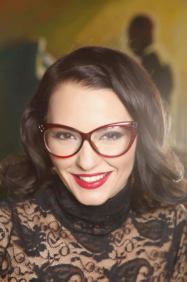 Customized cat eyes glasses, pin up frames