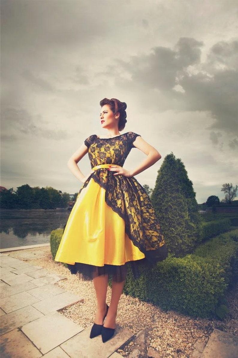 Bridesmaid dress Vintage Tea Length Lace Dress vintage dress 1950 Bridesmaid yellow dress tulle