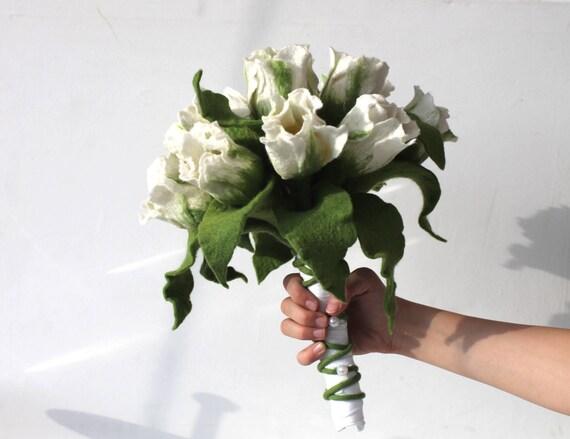Hochzeitsstrauss Weiss Gefilzt Mit Ringtulpe Brautbukett Mit Etsy
