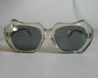 1b50b5cf4 Vintage Clear Curvy Hexagonal Sunglasses