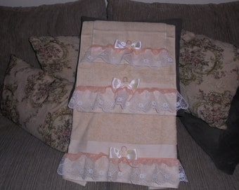 3PC Bathroom Towel Decor Set Peaches and Cream