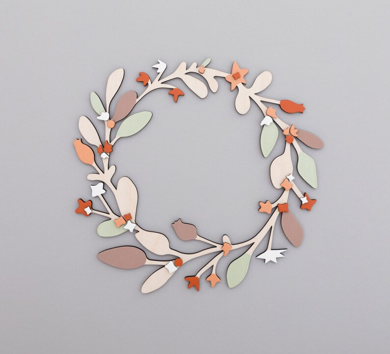 Wooden Wreath  Winter Wreath image 0