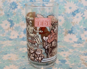 Vintage Star Wars Drinking Glass. Return Of The Jedi 1983 Burger King Glass. Ewoks And C3P0 Star Wars Glass. Star Wars Gift. 80s Star Wars
