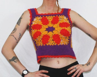 Vintage 70s Sleeveless Crochet Geometric Colorful Loose Knit Womens Top. Floral Retro 1970s Small Womens Bohemian Tank Top. 70s Hippie Crop