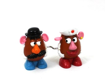 Vintage Toy Story 2 Mr. And Mrs. Potato Head Wind Up Toy. 90s Mcdonalds Happy Meal Mr. Potato Head Wind Up Toy. Valentines Day Gift