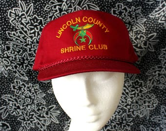 Vintage Shriner s Club Snapback Hat. Rare Burgundy Lincoln County Shriner s  Club Baseball Cap. Collectible Secret Society Freemason Hat 0cb4ed14dcc9