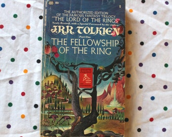 Lord Of The Rings - The Fellowship Of The Ring 1960s Vintage Paperback With JRR Tolkien Special Foreword. Vintage 1967 LOTR Paperback Book