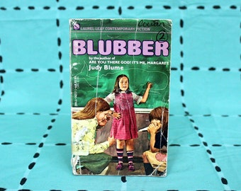 Blubber by Judy Blume. 1970s Vintage Paperback Book. Early Ready Kids Chapter Book. Judy Blume Rare Cover Kids Book.