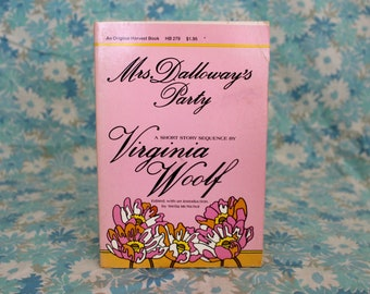Virginia Woolf - Mrs. Dalloway's Party Super Rare 1975 Vintage Harvest Edition Paperback. Virginia Woolf Rare Paperback Book Gift.