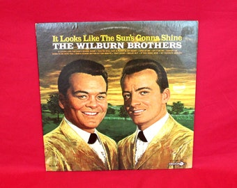 The Wilburn Brothers - It Looks Like The Sun's Gonna Shine - Vintage Vinyl LP Record Album.Rare Folk Country 60s LP Record. Wilburn Bros. Lp