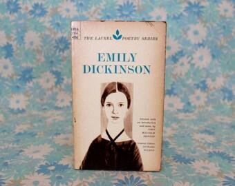 Emily Dickinson Poetry Book. Emily Dickinson laurel Poetry Series Paperback Book. RARE Emily Dickinson Love Poem Gift By Emily Dicksinson