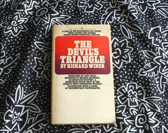 The Devil's Triangle By Richard Winer. Vintage New Age Metaphysical Paranormal Mystery Book. Bermuda Triangle Atlantis UFO Book