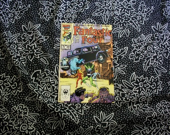Fantastic Four #291 With The Human Torch  She Hulk Cover 1986 Vintage Marvel Comics Collectible. Modern Age 80s Fantastic Four Comic Book
