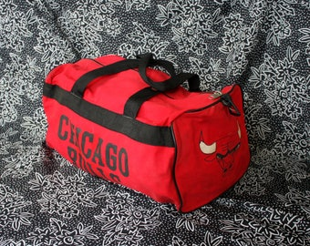 8cb1439bcd16 Vintage Chicago Bulls Duffel Bag. 90s NBA Basketball Overnight Duffel Bag.  Retro 80s or 90s Carry On Bag. Old School 90s Bulls Duffle Bag.