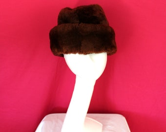 Vintage Faux Fur Winter Hat. Brown Fake Fur 50s or 60s Mens Or Womens Russian Style Brown Furry Hat. Boho Hipster Unique Mid Century Hat