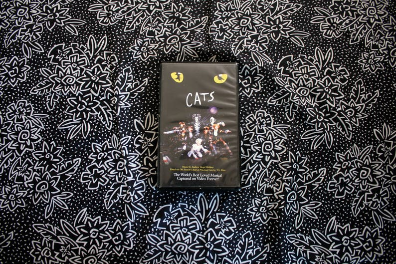 Cats VHS Tape. Cult Classic Cats The Musical Opera Movie. Andrew Lloyd  Weber Classic Play Based On T.S. Eliot Novel. Cats Musical VHS Movie