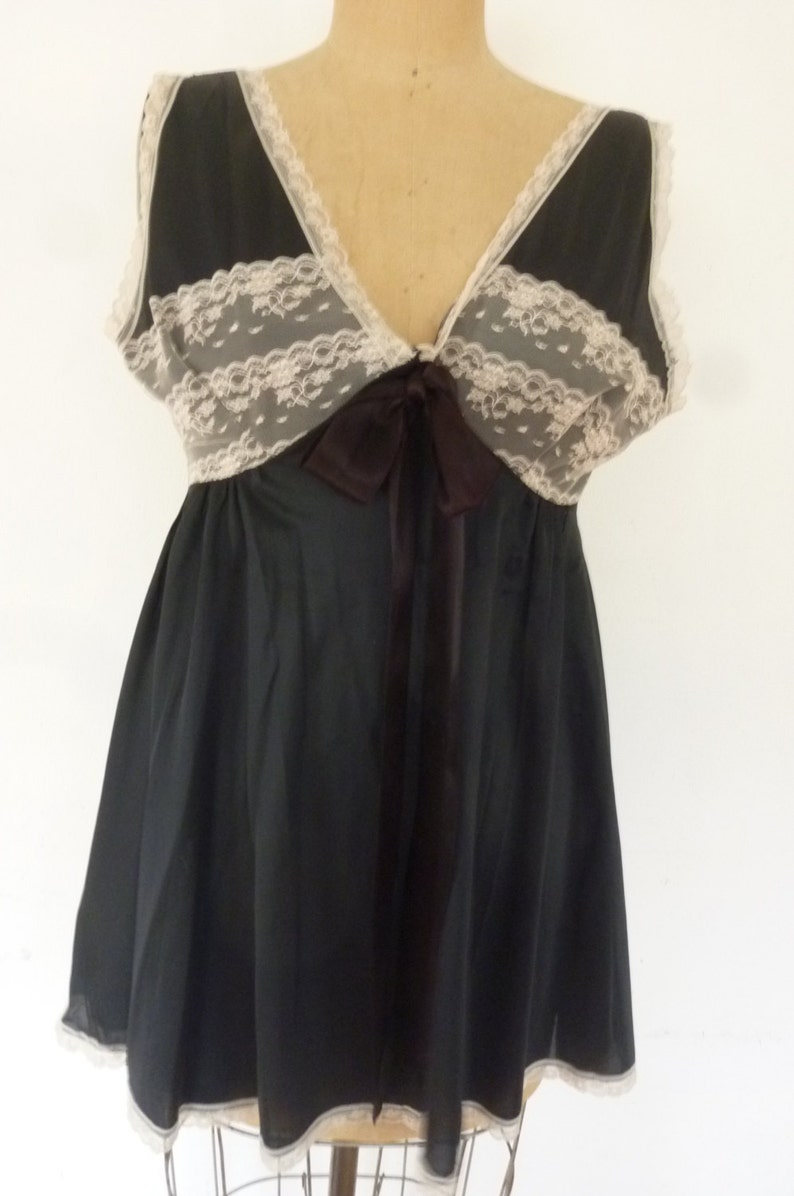 ba0c4df0833 Vintage Negligee 60 s Black Satin in Ivory Lace Baby Doll