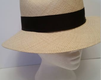 Vintage Gent's Panama,Straw Hat 1980's Straw Fedora Straw Hand Woven in Eduador Union Made in USA for J. Peterman Sz SM 6  3/4 -6  7/8