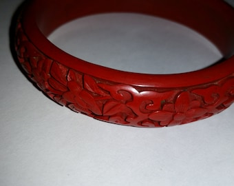 Vintage Cinnabar Bracelet 1960's Red Carved Lacquer Bangle Boho Stacking Bangle Bracelet Chinese Red Carved Bangle Asian Jewelry