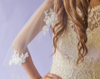 Wedding Veil w/ Beaded Lace Appliques