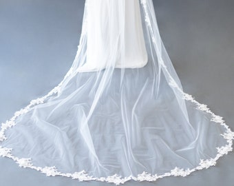 Lace Applique Veil - The Alma