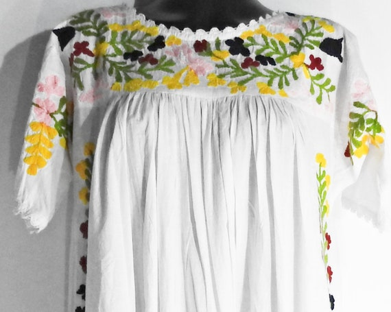 Embroidered maxi linen dress