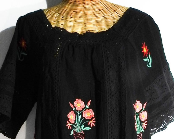 Mexican embroidered dress, Boho style floral cotton dress with sleeves, black casual beach festival dress for ladies, women's dresses