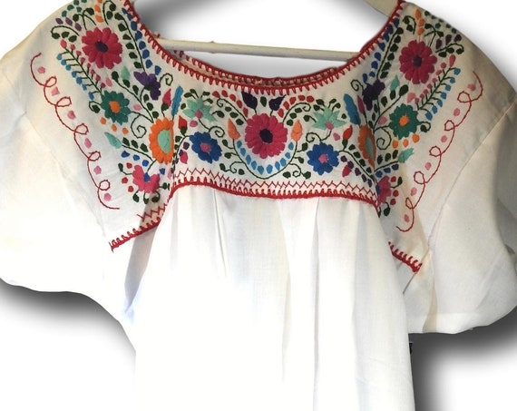 Cute Mexican tops for ladies