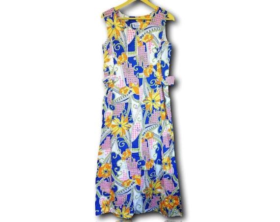 Bright cobalt blue sheath dress