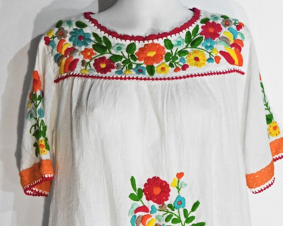 Cotton tunic dress with embroidery