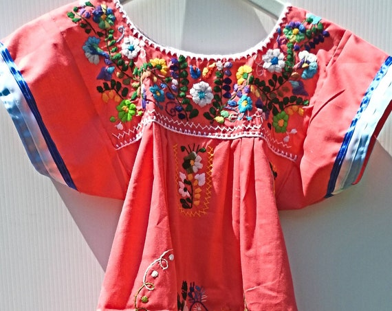 GIRLS MEXICAN DRESS size 6