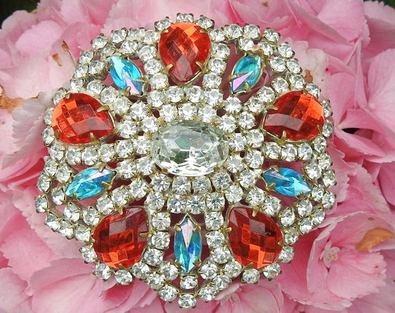 Stylish statement  broach