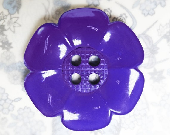 Oversized purple flower button, large and glossy for making buttons bouquet, sewing, knitting and decorating. Wide with 4 hole, 63 mm 2.5 in