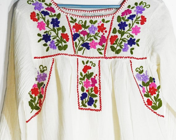Bohemian clothing tops for women 70s fashion Mexican style top long sleeves festival hippie blouse sleeve embroidered fiesta peasant shirt