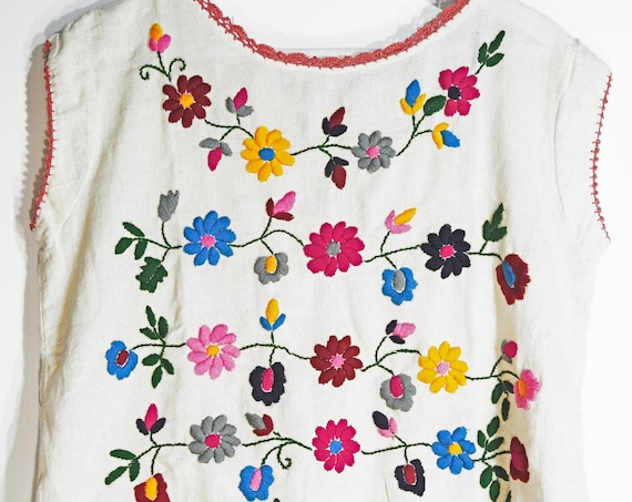 Tank  with floral embroidery