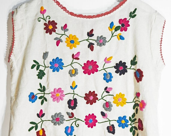 Beige embroidered tank top